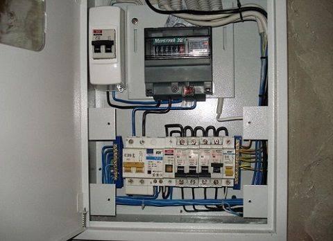 Установка счётчика электроэнергии в частном доме
