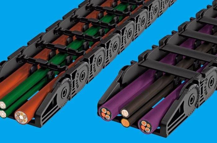 Гибкие конструкции позволяют замаскировать большое количество проводов