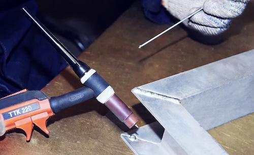 Как паять алюминий в домашних условиях паяльником