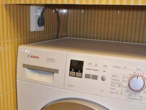 Розетки в ванной: Где и какие можно устанавливать