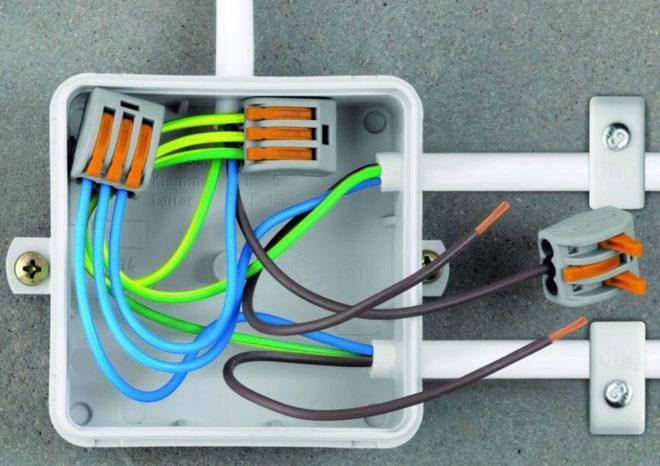Монтаж и установка распаечных / соединительных коробок